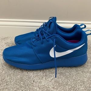 Nike Roshe One Shoes  Mens 11